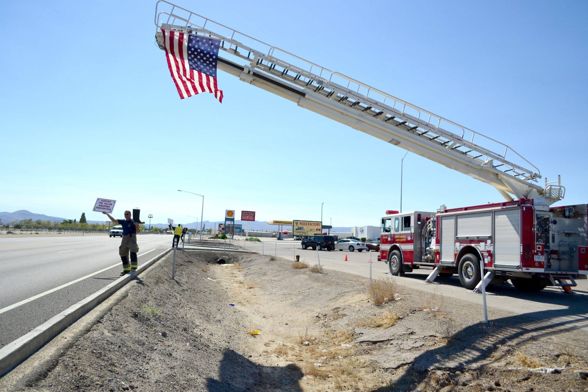 Local firefighters raise funds for fallen AZ crew