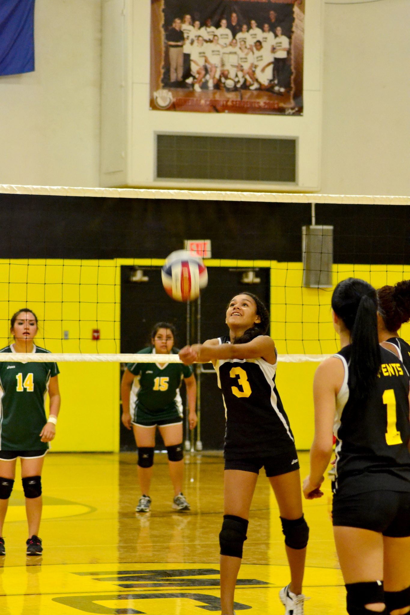 Lady Serpents pick up home wins: improve to 5-1 overall
