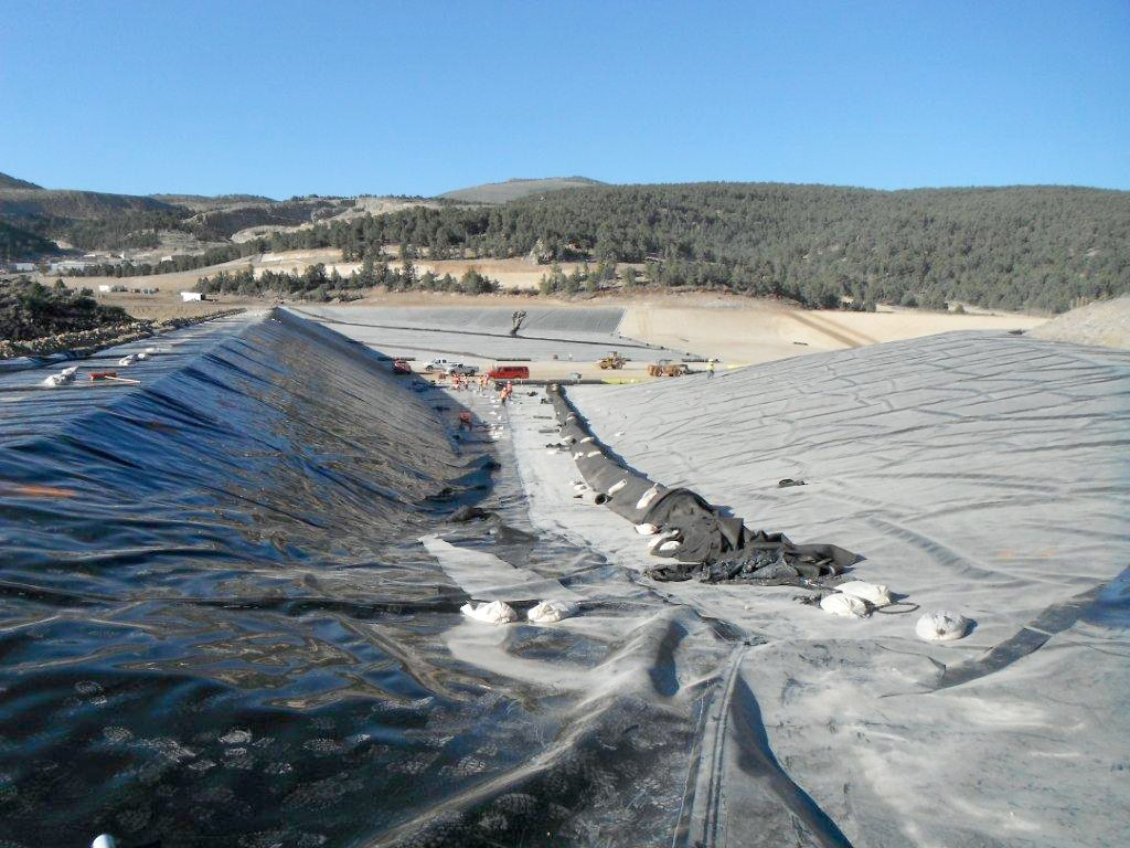 Esmeralda Mine lays off workers, pauses production