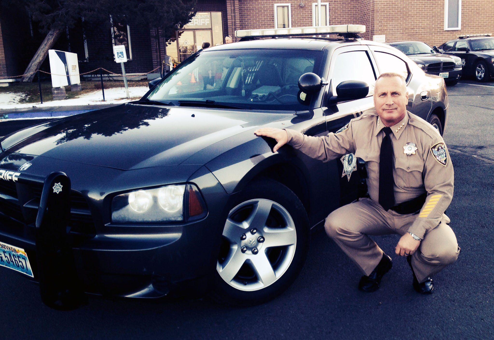 Sheriff Handte files for November election