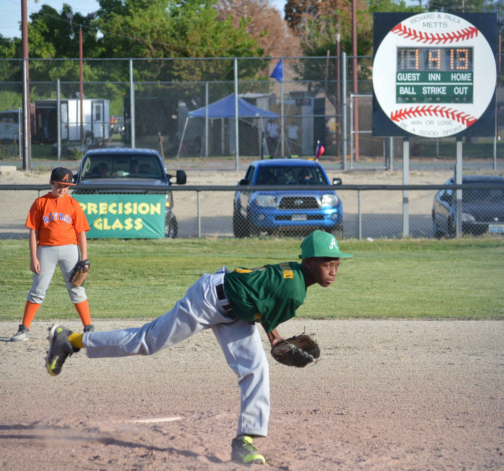 Hawthorne Little League defeats Round Mountain in AFD classic