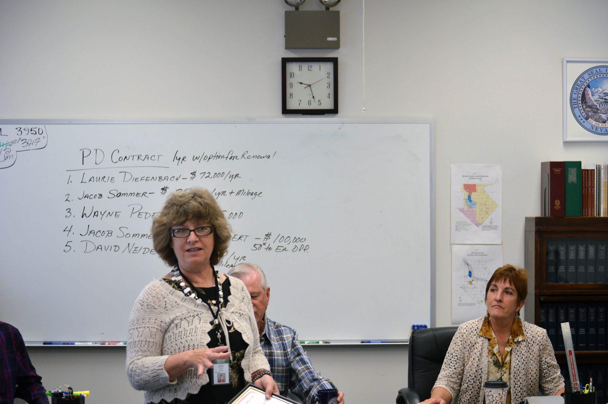Library Director Oberhansli receives achievement award