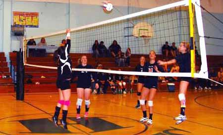Lady Serpents Lose Home Opener