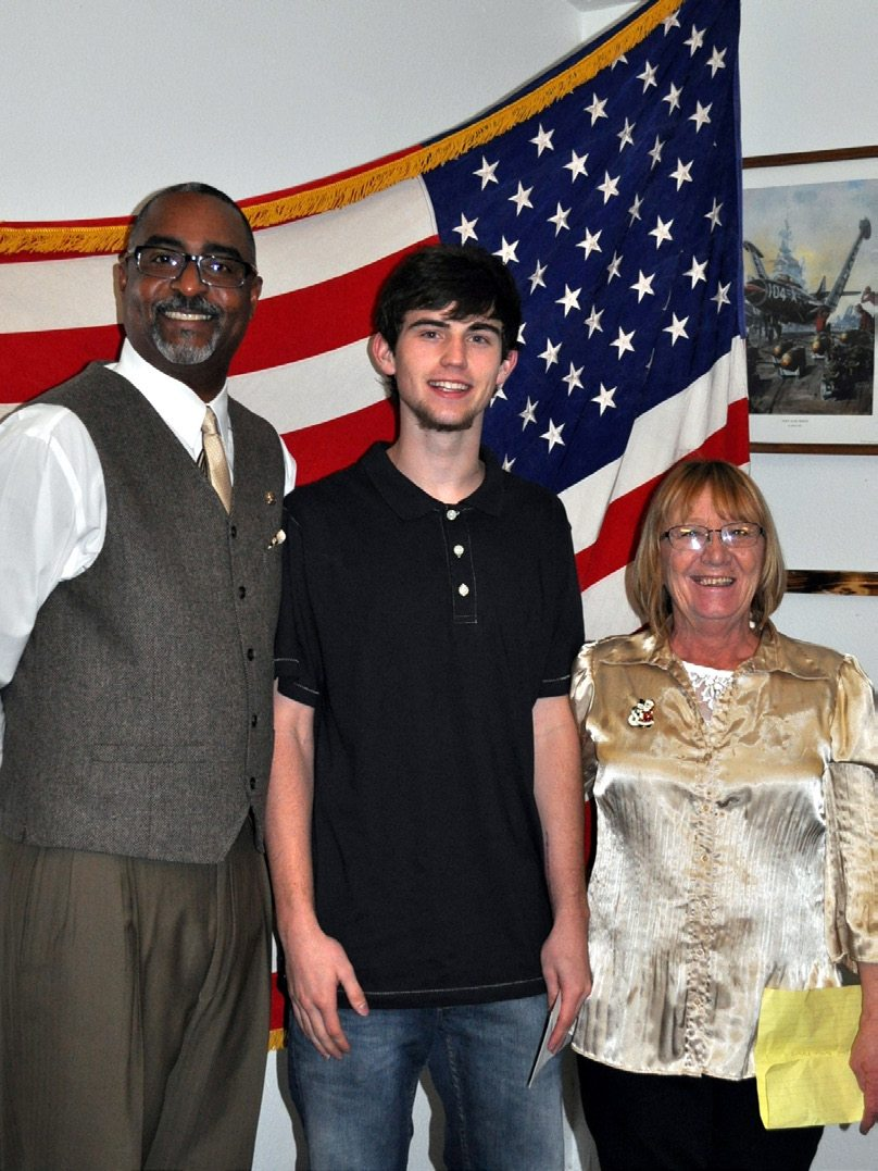 VFW honors contest winners
