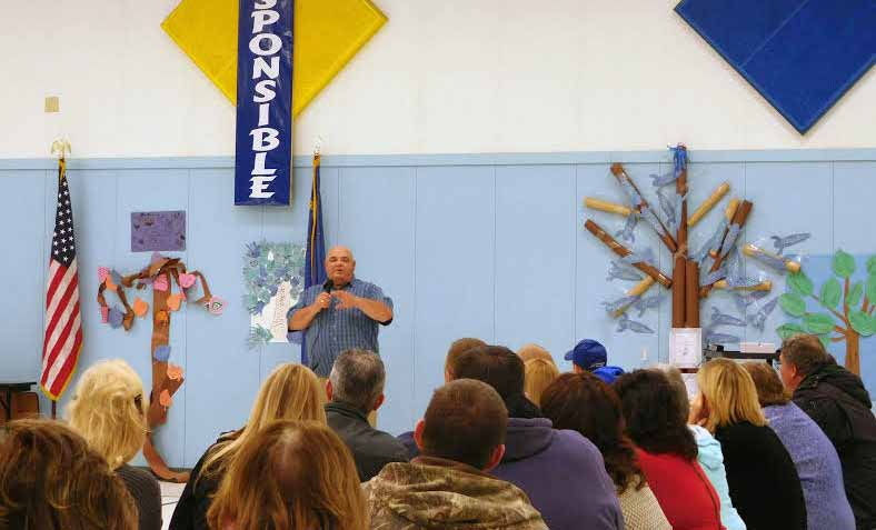 Pros, cons of shortened school week discussed at town hall meeting