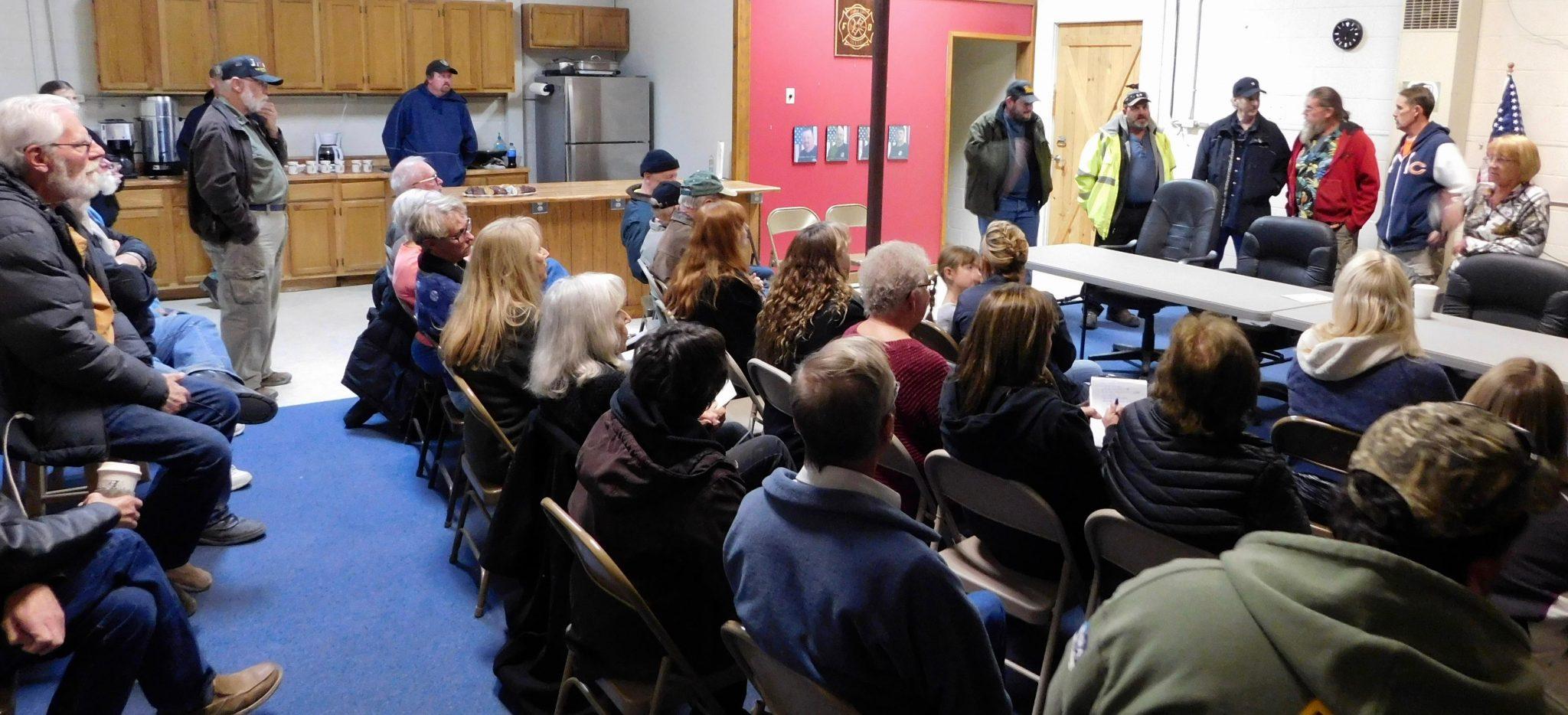 Walker Lake Residents Meet in Effort to Re-Form Advisory Board