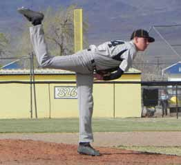 Wachsmuth No-Hits Vandals; Serpents Pick up Two Wins
