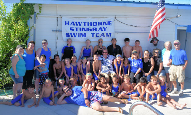 Stingrays Host Successful Medal Meet in Hawthorne